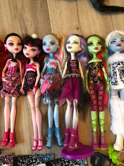 [V] Dal Ciel  90€ /  Lot 9 Monster High   BAISSE 180610023225231307