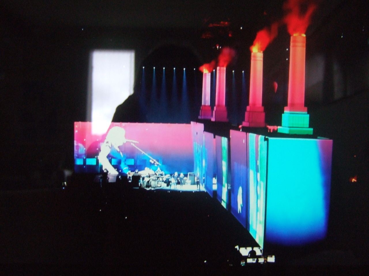 ROGER WATERS - Lille - Stade Pierre Mauroy - 16 juin 2018 - Page 8 180622083410139028