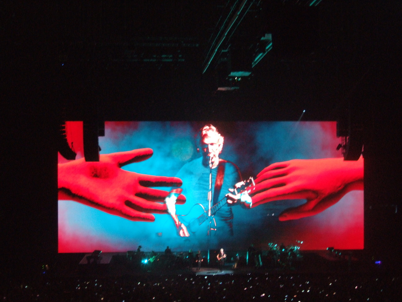 ROGER WATERS - Lille - Stade Pierre Mauroy - 16 juin 2018 - Page 8 180622083538129809