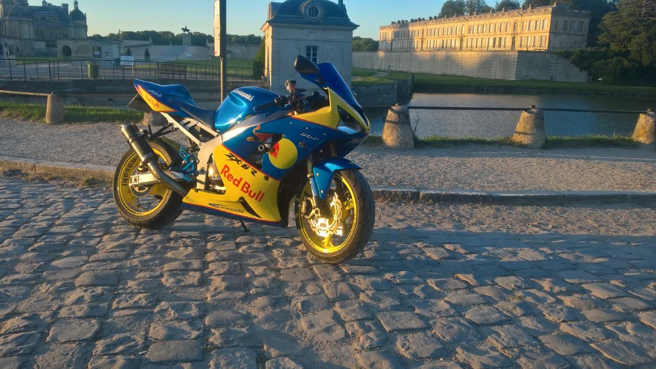 affiché votre moto  ( photos ) quand vous voulez ! 180624071946958885