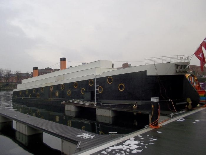 The Titanic Boat [Liverpool] 180628063543164734