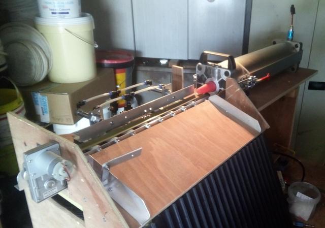 bricolage tapis roulant pour coupe auto 180728040130835252