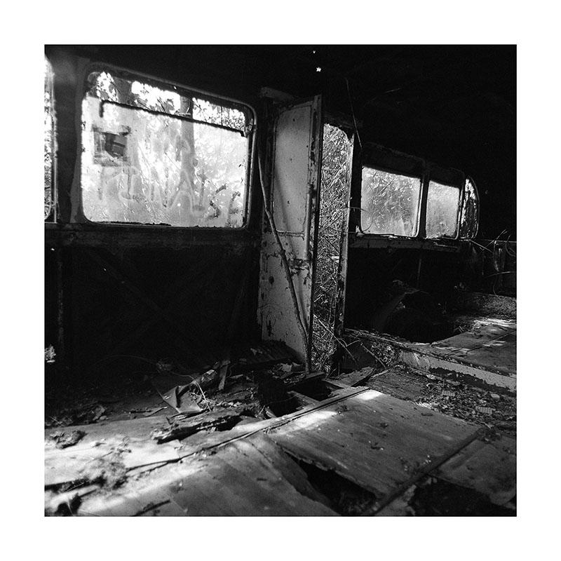 scan Bus abandonné Porte
