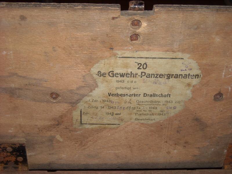 caisse Allemande 1943 pour 20 x Grosse Gewehr-Panzergranate 40 18082408292114760