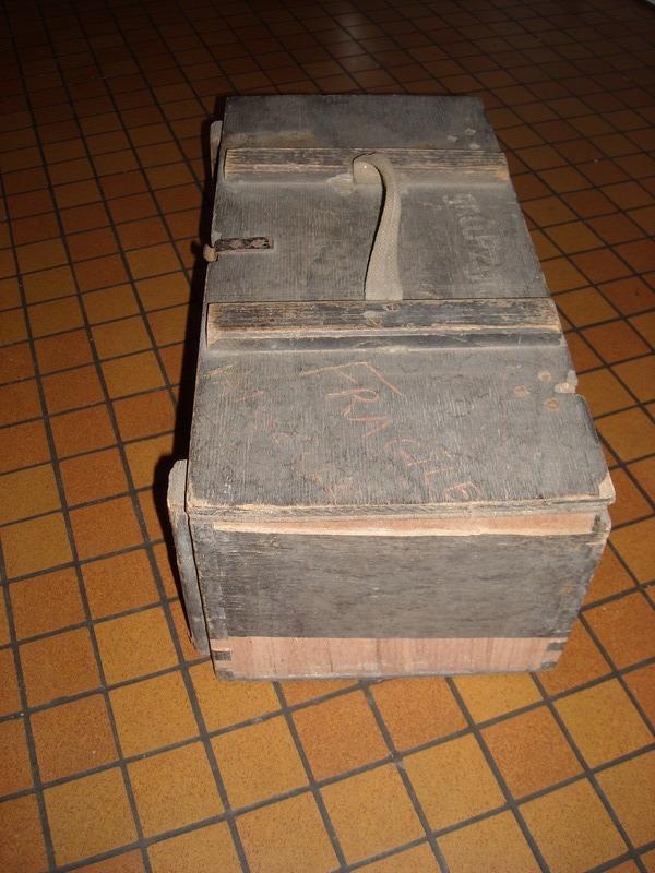 caisse Allemande 1943 pour 20 x Grosse Gewehr-Panzergranate 40 18082408323299053