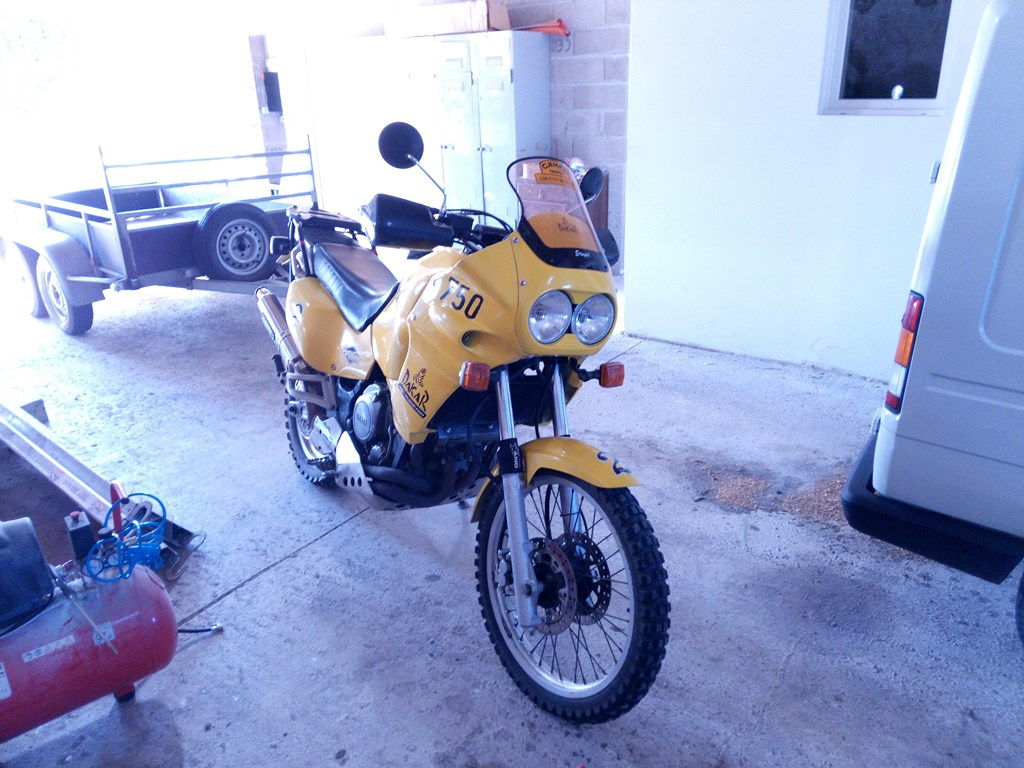 XTZ 750 Super ténéré 1990 180915021609622557
