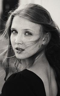 Emma Blackbonnes