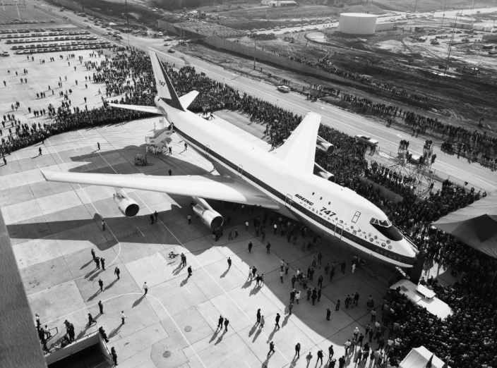 747 roll out 2