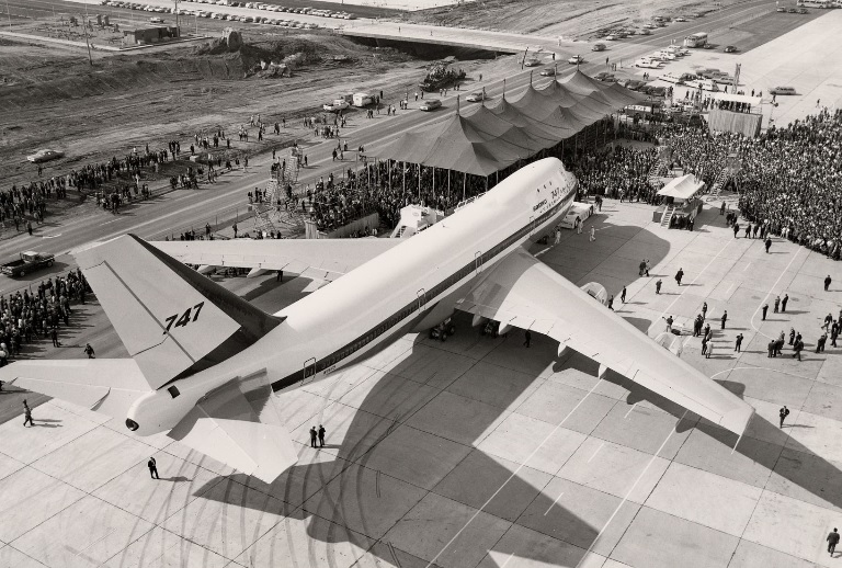 747 roll out 1