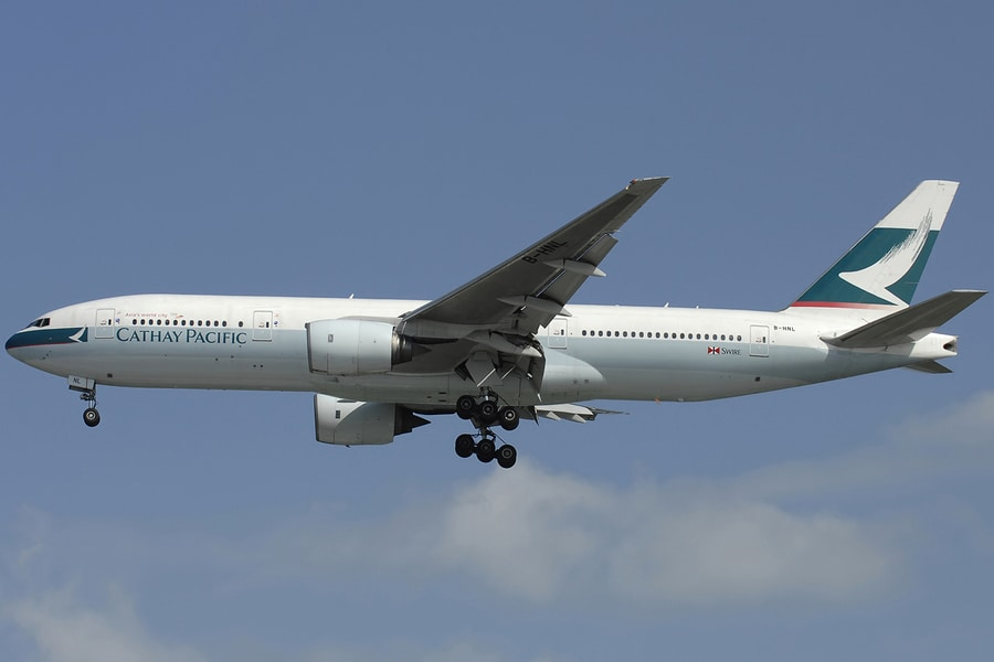 Boeing-777-200-B-HNL cathay