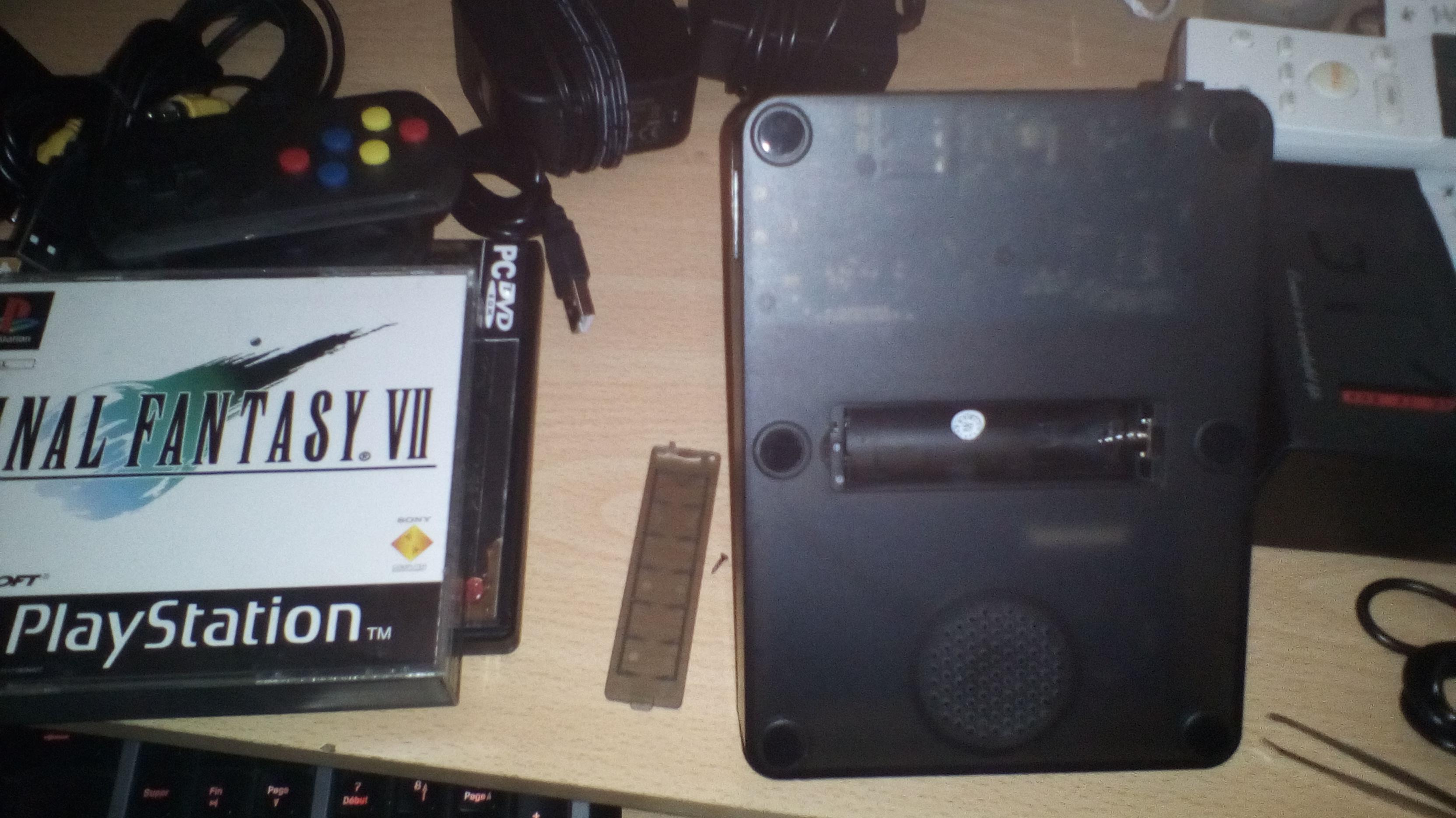 Un clone chinois Mini Neo Geo  181003104805539963