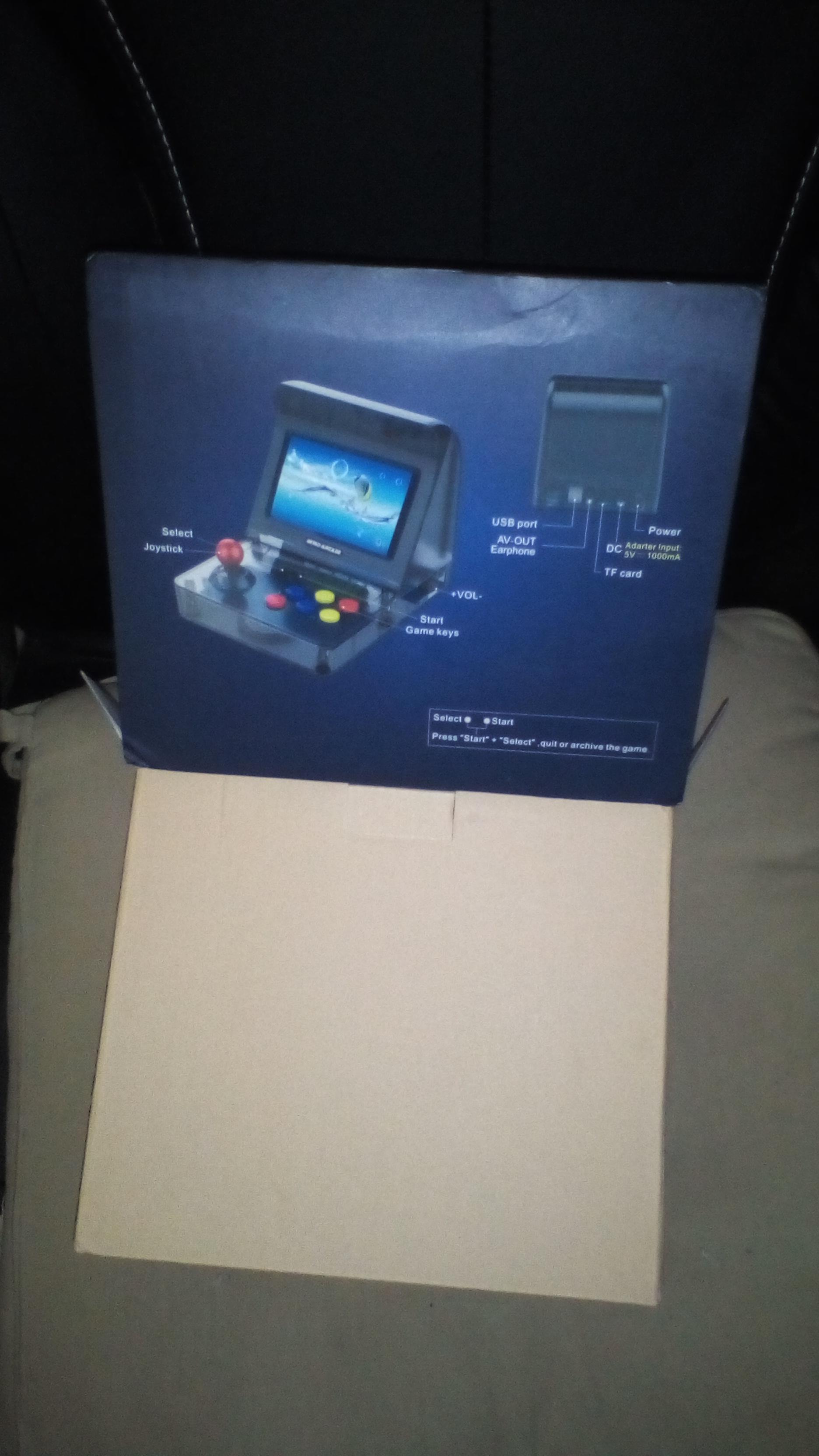 Un clone chinois Mini Neo Geo  181003105233941654