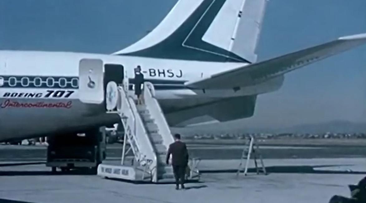 707 ventral fin