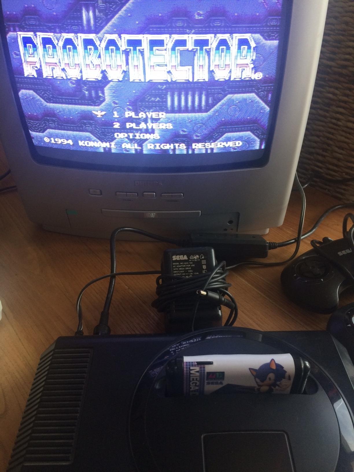 [VDS] Sega megadrive 1 + 4 manettes + 2 alimentations + .... 181012094513574824