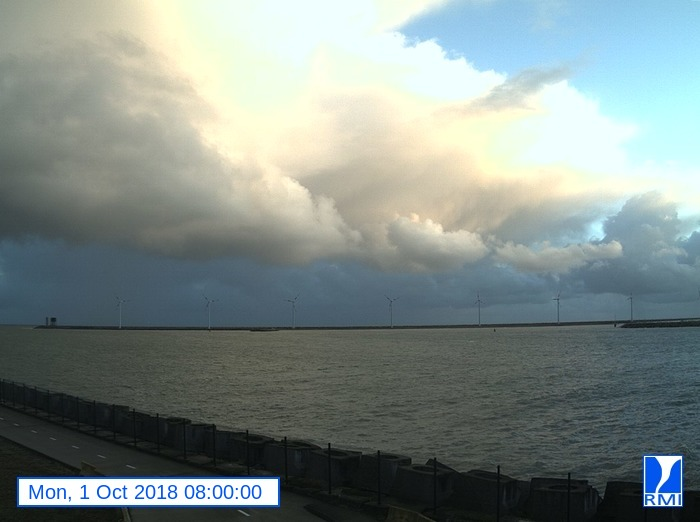 Webcam Zeebrugge 2018-10-01 08-00