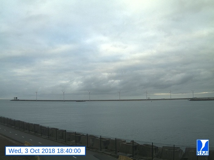 Webcam Zeebrugge 2018-10-03 18-40