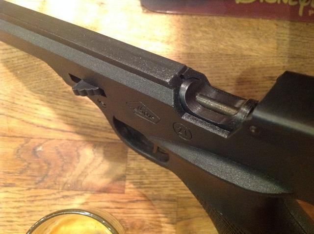Choisir un monocoup sérieux à prix serré [50-150 euros] pour tirer à la cible à 10m ou moins. - Page 3 181026105417442893