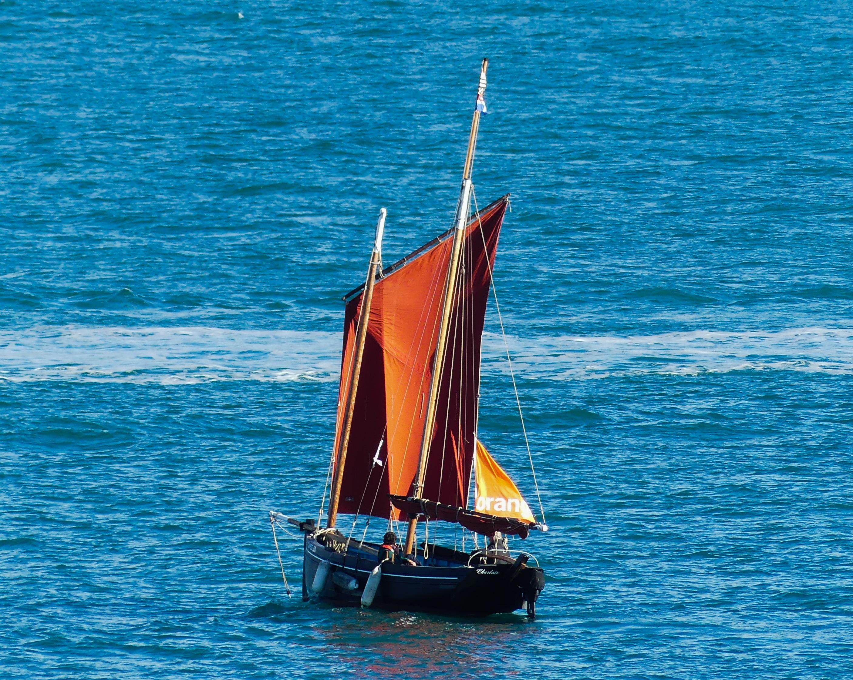 Port de Saint-Malo, cité corsaire !! - Page 24 181030073721265920
