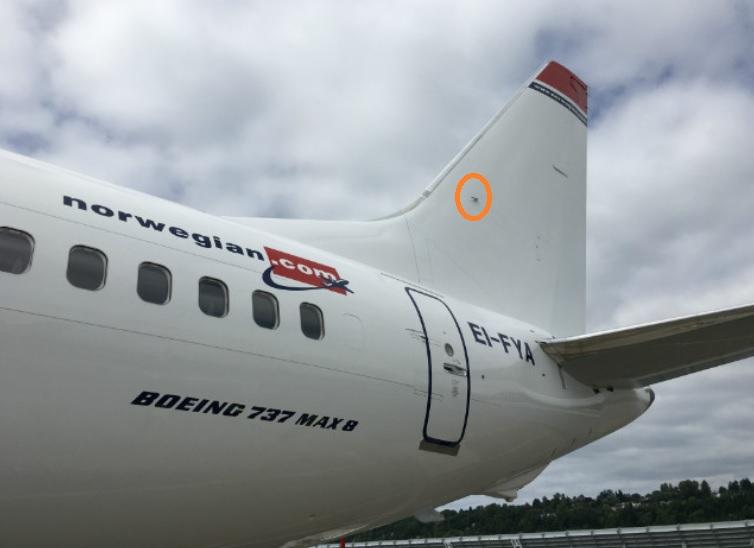 737 max elev feel pitot