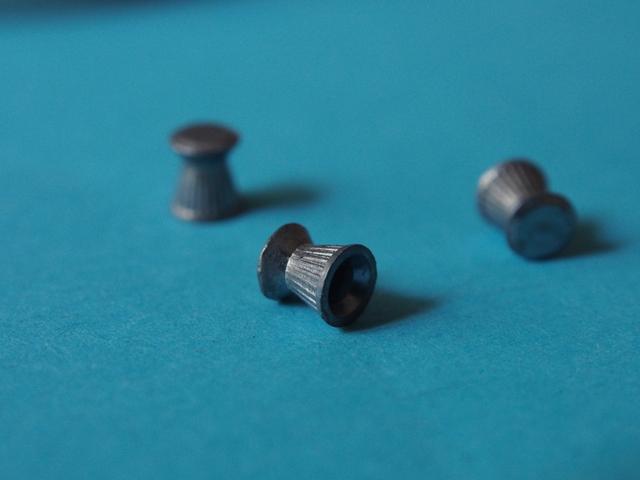 la bataille des plombs plats à moins de 4 balles - Page 3 18110302443453768