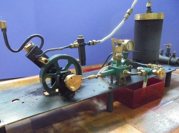 machinerie FlashJac avec pompe couplée au moteur 181119063509430458