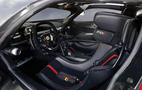 Ferrari-FXXK cockpit