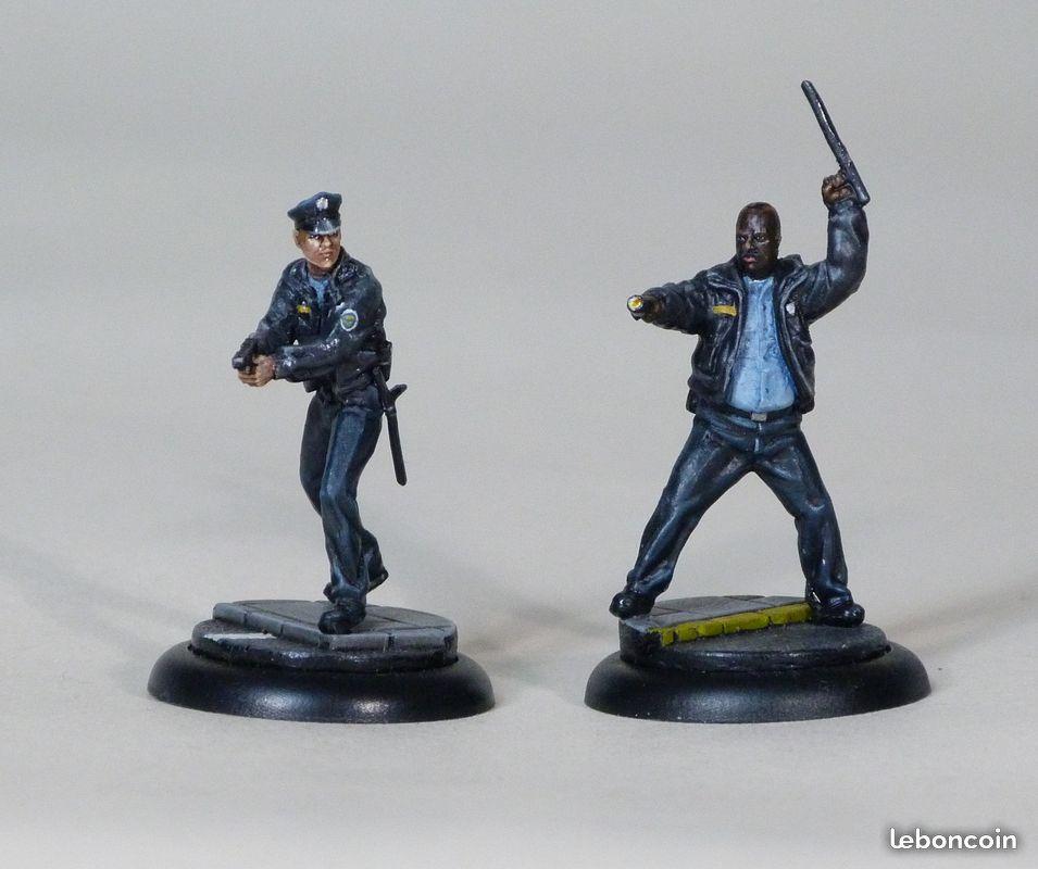 [Vente] figurines gotham police et joker clowns 181203031208338042