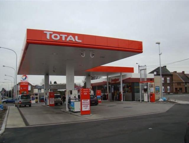 Blocage de la France le 17 Novembre contre le prix des carburants - Page 2 181207080422738889