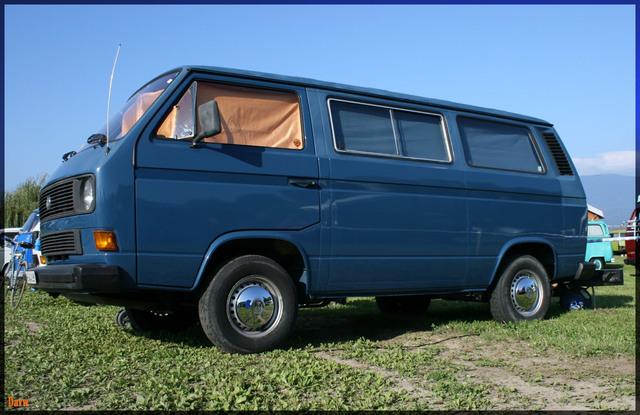 T3 multivan-bleu
