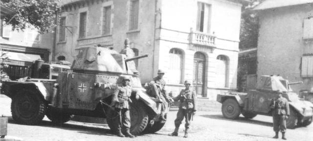 [Photos] Véhicules des troupes allemandes en Auvergne ! 181222082527530317