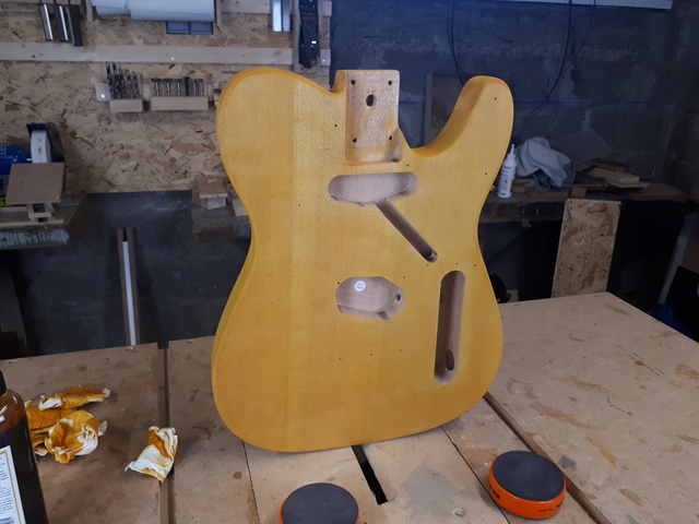 kit telecaster Harley Benton - LUTHERIE AMATEUR