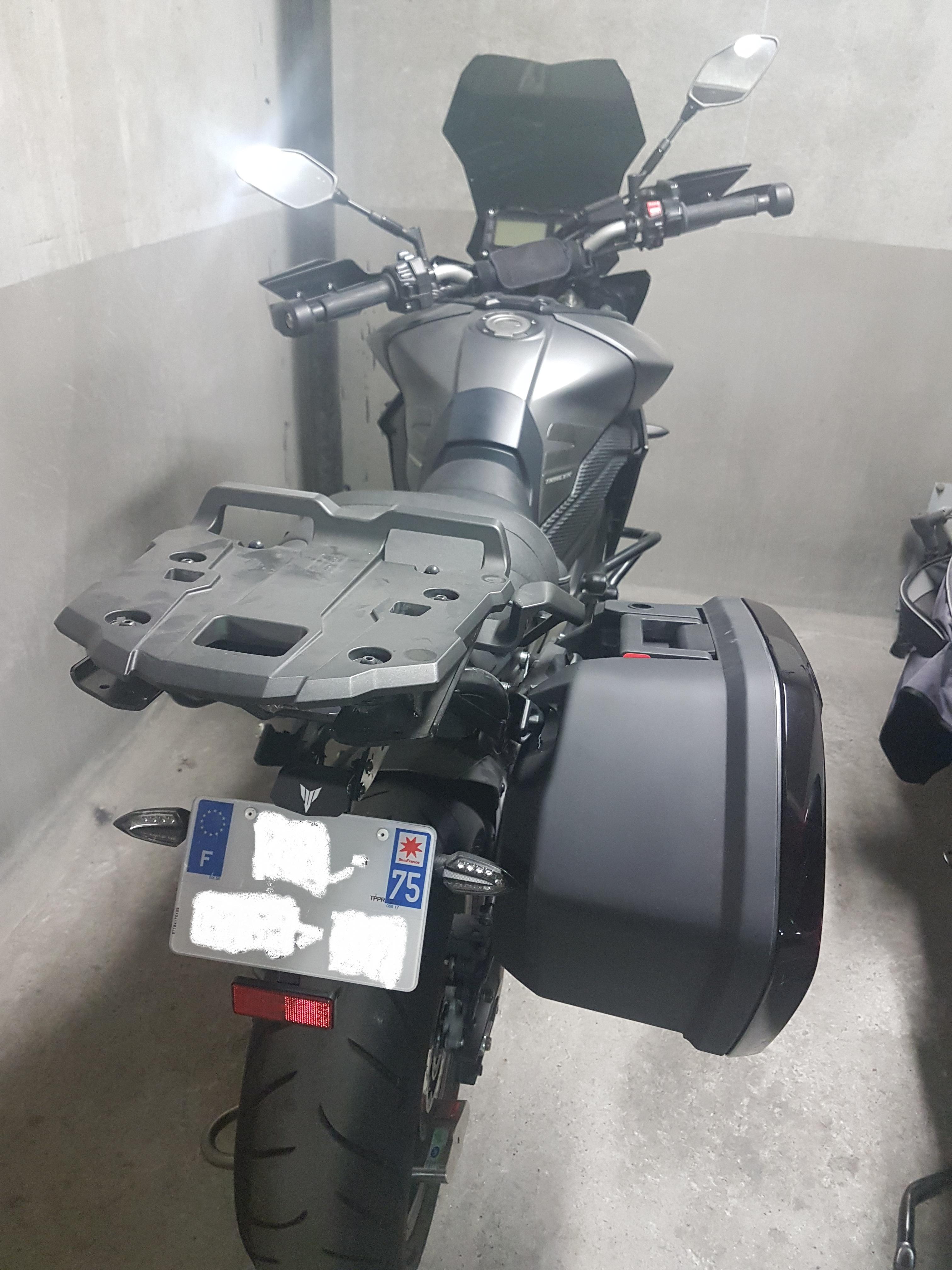 Valise City ou FJR avec Support Top case Yamaha + support de valise problème ! 190101061544749492