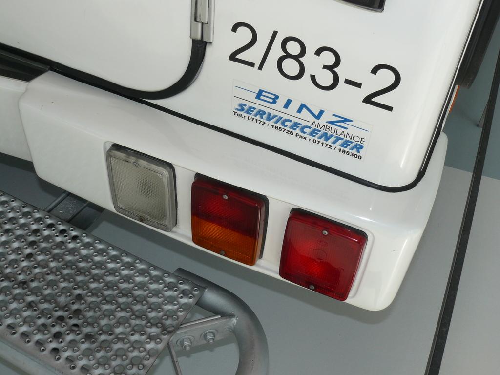 P1860932