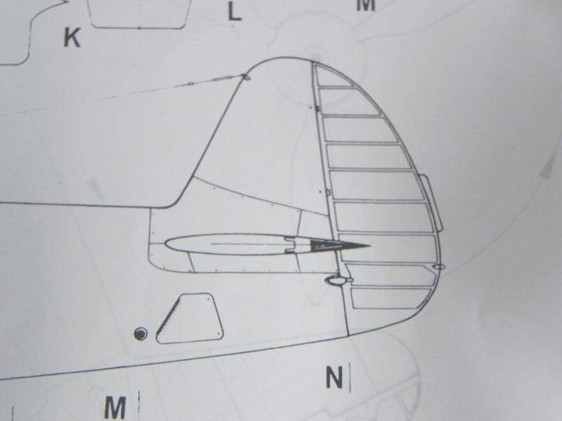 Yak3 Special Hobby 1/32   Déco de la VVS  - Page 34 190113061335896421