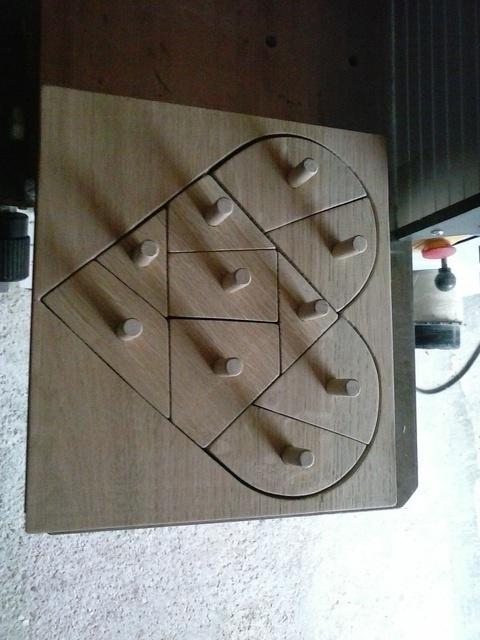 Un puzzle en bois 190114062758618453